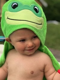 babycape frog towel